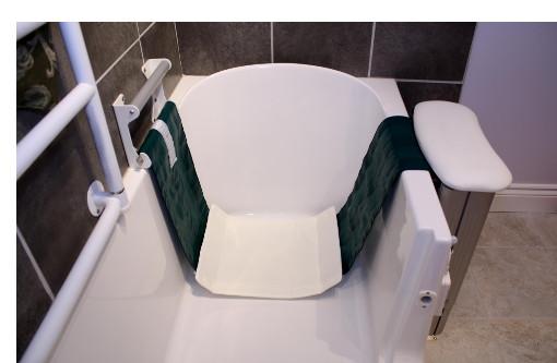... The Lay Down   Accessible Walk In Bathtub ...